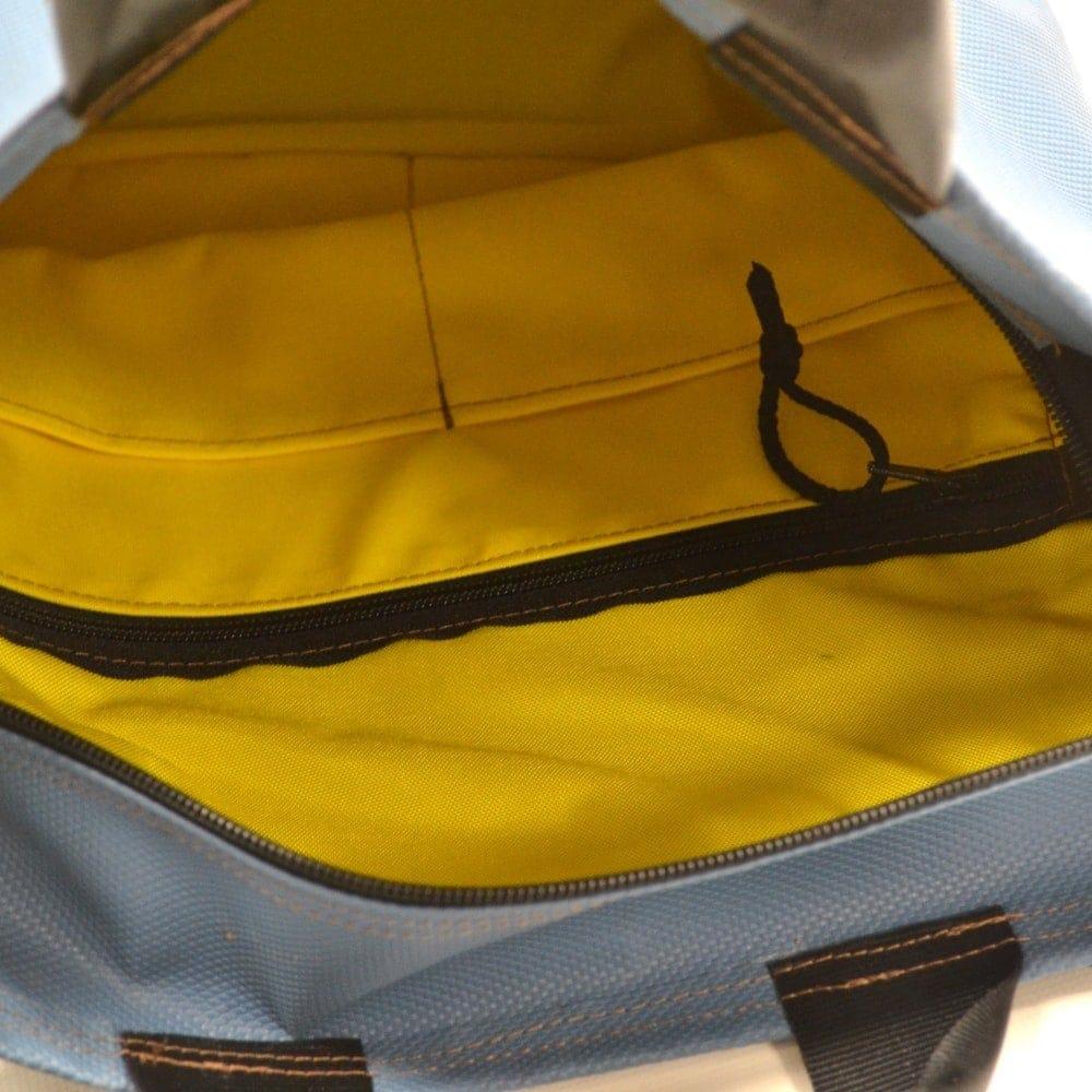 Umhängetasche Shopper recycelt aus Turn- und Sportgeräten Innenfächer